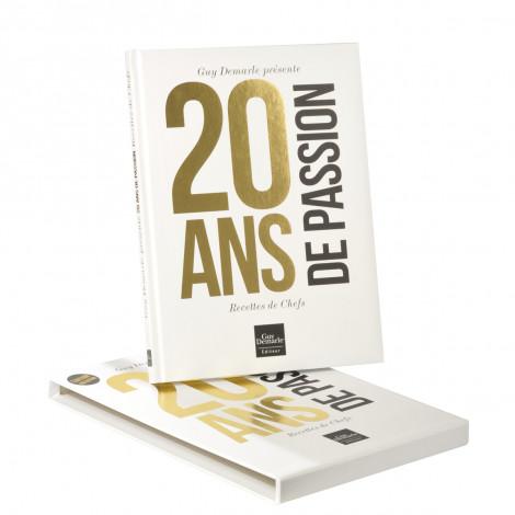 """Livre des chefs """"20 ans de passion"""" + Étui"""