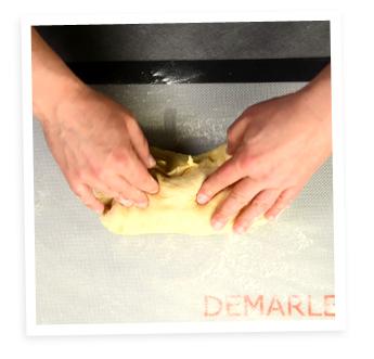 Faire une pâte à brioche à la main
